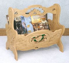 Magazine Rack Scroll Saw Pattern  This decorative but functional magazine rack would look great in any home. #diy #woodcraftpatterns