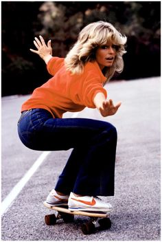 GROOVY ANT '70s / Farah Faucet, Skater Chick.
