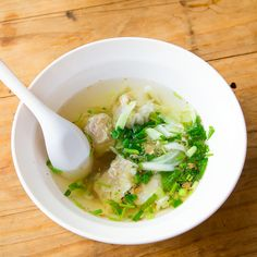 Soupe won-ton au poulet Authentique, Mets, Weight Watchers Meals, Chinese, Nutrition, Asian, Ethnic Recipes, Touch, Food