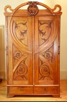 This is the kind of armoire Grace had in the room she shared with Teresa, Savignyplatz Berlin