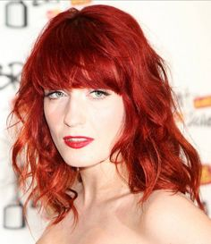 Love Florence's vibrant hair, clear skin & bright eyes beautiful !