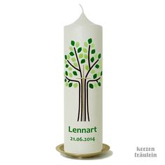 "Taufkerze ""Lebensbaum mit Kreuz (hellgrün-grün)"" -  handverzierte Taufkerze mit Wachsmotiv von kerzenfräulein Pillar Candles, Water Bottle, Aqua, Easter Candle, Tree Of Life, Lilac Bushes, Crosses, Water Bottles, Water"