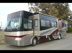 This pre-owned 2006 #Alpine 40FD Limited #Class_A_Motorhome is available in good condition and all interior and exterior feature working very well. Get the best price quotes on Alpine 40FD RV by our verified dealer in Davis, CA, USA. Check out for more details at http://www.shop-rvs.com/used-rvs/2006/class-a-motorhomes/alpine/40fd/limited/6069/