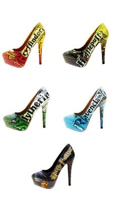 """Harry Potter Costumes Any of these heels please - Normally I would put in these on """"My Style"""" board, but since they are also Fangirl material, I have pinned them here! Mode Harry Potter, Harry Potter Shoes, Harry Potter Dress, Estilo Harry Potter, Harry Potter Accessories, Harry Potter Cosplay, Harry Potter Style, Harry Potter Wedding, Harry Potter Outfits"""