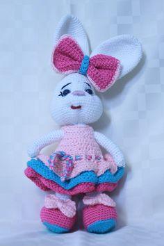 Elsa, Hello Kitty, Crochet Hats, Fictional Characters, Instagram, Amigurumi, Knitting Hats, Fantasy Characters