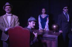 Teatro escolar en inglés sobre el detective Sherlock Holmes. Propuesta de salidas escolares para educación primaria y educación secundaria