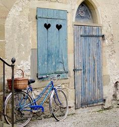 Not in Provence, but still a very beautiful little town: Mirepoix, Midi-Pyrenees, France Old Doors, Windows And Doors, Belle France, Door Knockers, Doorway, Belle Photo, Portal, Entrance, Beautiful Places