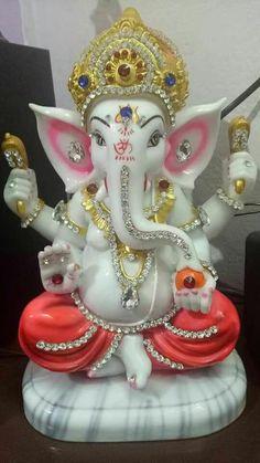 Shri Ganesh Images, Ganesha Pictures, Krishna Images, Jai Ganesh, Shree Ganesh, Lord Ganesha Paintings, India Culture, Laddu Gopal, Ganpati Bappa