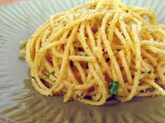 Spaghetti with garlicky bread crumbs (and olive oil, parsley, lemon juice,.