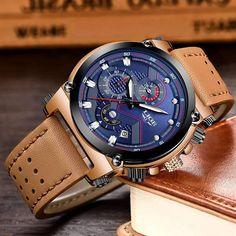 """Le mot de notre styliste : """"Cette montre-bracelet est un accessoire fait pour les hommes qui osent. Tout en restant utilitaire, il habille un style sportif en toute sophistication. C'est une manière à la fois pratique et branchée de faire du sport."""" Mens Sport Watches, Mens Watches Leather, Mens Luxury Brands, Cordon En Cuir, Style Sportif, Swiss Army Watches, Vintage Watches For Men, Cool Watches, Men's Watches"""