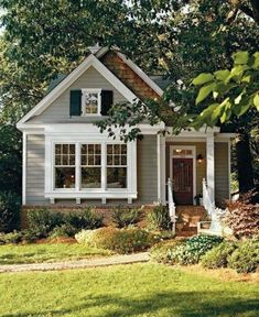 20 Admirable Small Cottage House Exterior Ideas - Page 14 of 20 Small Cottage House Plans, Small Cottage Homes, Small Cottages, Cottages And Bungalows, Cottage Style Homes, Cozy Cottage, Cottage Front Yard, Small Country Homes, Bungalow Homes