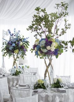 10 Tried-And-True Wedding Flowers (and Why They're Great) | Photo by: Robin Proctor | TheKnot.com