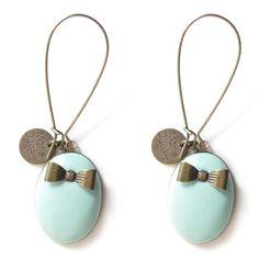 Boucles d'oreilles Marquise en créole avec petit noeud céladon    Marie Duvert