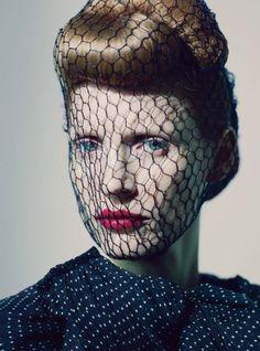 Headpice net celebrity fashion Jessica Chastain