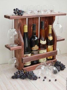 36 creative diy wine racks for your collection 26 Diy Pallet Projects, Woodworking Projects, Wine Rack Inspiration, Wine Rack Design, Wine Caddy, Wine Tote, Pallet Wine, Wine Shelves, Wood Wine Racks