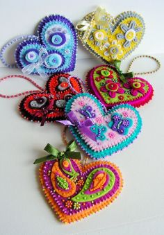 Felt beaded hearts - check out the color combinations