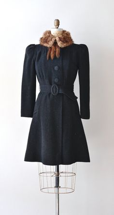 Vauxhall princess coat   vintage boucle wool 1930s by DearGolden Vintage  Style Outfits ccad64397968e