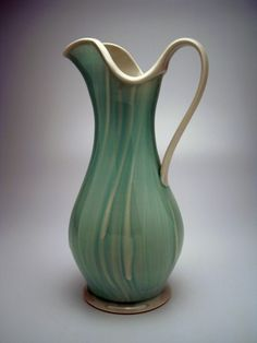 Loving the lines on this pitcher by Monica Ripley #Ceramics