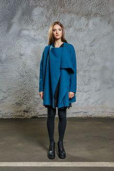 Wool Shape Coat blue via Diba se Diva. Click on the image to see more!