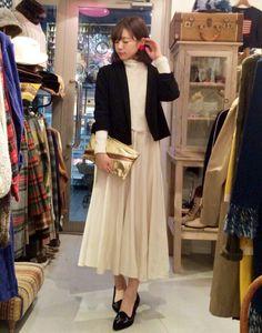 *白ワンピのドレッシーコーデ* | 古着屋RAINBOW 古着 レディース 通販| 東京 原宿 下北沢