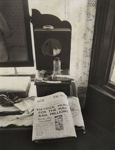 Newspaper reports on the Great Train Robbery
