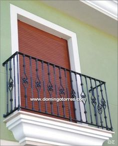 4041 Balcón hierro forjado