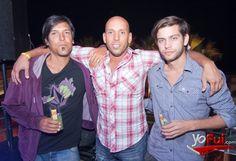 YoFui.com: Sebastián Rostico, Moncho Bull, Tomás Badeler en Beach Party, Sector V Playa Reñaca, Viña del Mar (Chile)
