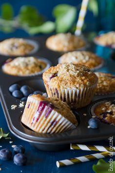 Muffin avena e frutti bosco Burritos, Healthy Cooking, Healthy Recipes, Bread And Company, Small Cake, Biscotti, Nutella, Sweet Recipes, Muffins