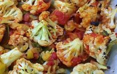 Cauliflower à la Provençale WW, a good whole dish gratinated in the oven, made with cauliflower and chicken, easy and perfect for a light and balanced meal. Easy Healthy Recipes, Diet Recipes, Protein Recipes, Plats Weight Watchers, Weigh Watchers, Latin Food, 100 Calories, Food To Make, Food And Drink