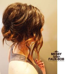 messy fallen faux-bob updo tutorial i've been growing my hair out for hmmm say 18 years. okay, i'm exaggerating, but only a little. i've always dreamed of mermaid-esque locks. hair so long, it could be worn as a shi… Updo Tutorial, Bridesmaid Hair, Prom Hair, Up Hairstyles, Pretty Hairstyles, Braided Hairstyles, Faux Bob, Corte Y Color, Gorgeous Hair