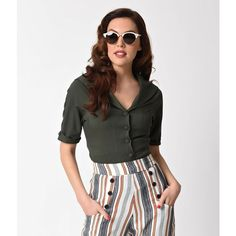 Unique Vintage 1940s Style Hunter Green Button Up Coco Blouse ($32) ❤ liked on Polyvore featuring tops, blouses, green, white short sleeve blouse, white top, short sleeve blouse, vintage blouses and green blouse