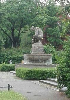 Geldzählerbrunnen, Pappelplatz, Berlin