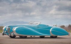 Diana Dors' stunning 1949 Delahaye Type 175 Roadster: Considered by some to be the most beautiful car in the sports cars sport cars cars Diana Dors, Dream Cars, Carros Retro, Vintage Cars, Antique Cars, Art Deco Car, Auto Retro, Roadster, Us Cars