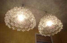 lampen aus pet flaschen selber machen basteln mit pet flaschen kreative wohnideen aus kunststoff. Black Bedroom Furniture Sets. Home Design Ideas