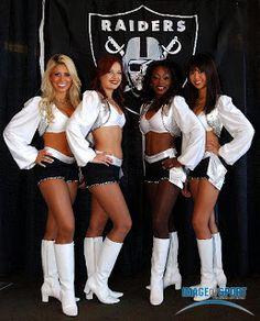 Four Oakland Raiders Cheerleaders Raiders Stuff, Nfl Raiders, Raiders Girl, Oakland Raiders Football, Pittsburgh Steelers, Dallas Cowboys, Raiders Cheerleaders, Hottest Nfl Cheerleaders, Cheerleading Uniforms