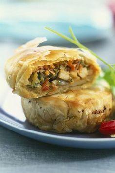 Régalez vous avec ces mini-pastillas de poulet aux légumes #recette #pastillas #feuilledebrick #legume #poulet #chicken #recette