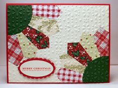 Stampin' Up! ... handmade Christmas quilt card ... applique daisy design with pretty printed papers ... embedded with embossing folder texture of little flowers ... luv it!
