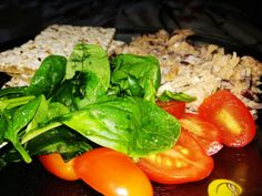 #cherrytomatoes #spinach #healthcare #food #healthy #tuna