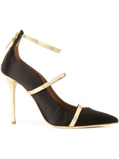 Black nappa leather 'Robyn' pumps from Malone Souliers by Roy Luwolt. Black Pumps, Black Shoes, Malone Souliers, S Signature, Women Wear, Footwear, Heels, Leather, Fashion Design