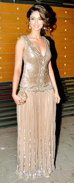 Ileana D'Cruz at the 58th Filmfare Awards 2013 #Bollywood #Fashion