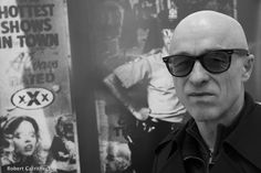 MIRON ZOWNIR, one of the most censored photographers, filmmakers and writers of our time, born 1953 in Karlsruhe/ Germany, moved to Berlin in 1974 and then went to USA in 1980, where he spent 15 years in New York, Los Angeles and Pittsburgh as a freelance photographer, scriptwriter and filmmaker directing more than ten short films.He returned to Berlin in 1995 after a 3 month stay in Moscow and St. Petersburg documenting the rapid and brutal decline of the former Soviet Union. Lives in…