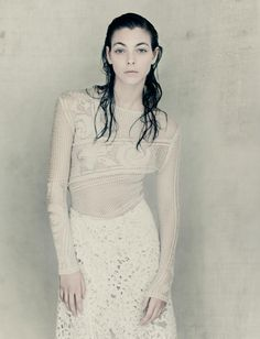 PURE PHOTOGRAPHER: PAOLO ROVERSI MODEL: VITTORIA CERETTI STYLING: LUDIVINE POIBLANC HAIR: ODILE GILBERT MAKE UP: MARIE DUHART