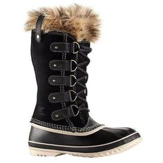 your ultimate guide for stylish winter boots // jojotastic.com