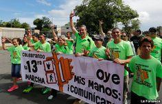 Gobernador marcha en apoyo a la comunidad sorda