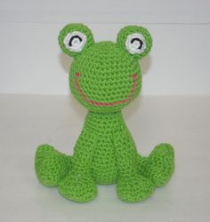 cutest crochet frog ever!