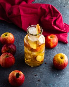 Apple flavoured ice tea Flavor Ice, Iced Tea, I Foods, Food Photography, Apple, Fruit, Apple Fruit, Ice T, Sweet Tea