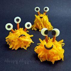 Overblijftraktatie: mini-kaas-monstertjes! » Homemade Happiness - Knutsel zelf de leukste kinderfeestjes! Kant en klare KnipBoeken en printbare knipvellen