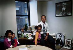 9 Rare Photos of Barack, Michelle, Malia, and Sasha Obama's Journey To Win The White House