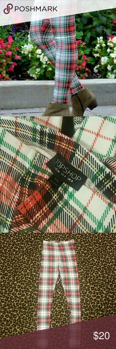TOPSHOP plaid leggings Christmas plaid ! Topshop leggings cotton /poly/elastane makes these non see through and super comfortable,  never worn tried on and we're just  too small Topshop Pants Leggings