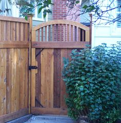 Arched craftsman gate